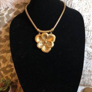 Stella & Dot Flower Bloom Statement Necklace